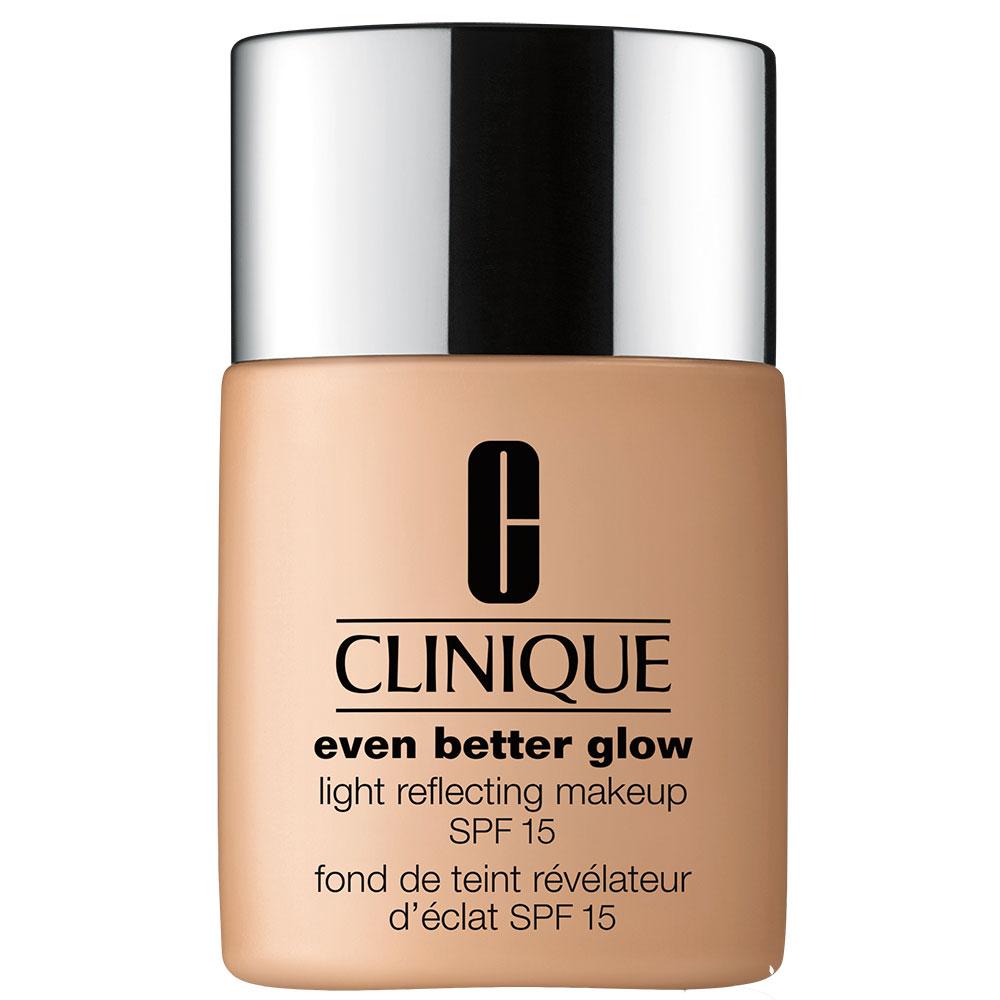 Clinique Even Better Glow Light Reflecting Makeup SPF 15 n. CN52 neutral